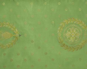 H0 00024009 MASSENA FAUTEUIL Ver Scalamandre Fabric
